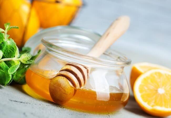 miód - zastosowanie w kuchni i kosmetyce